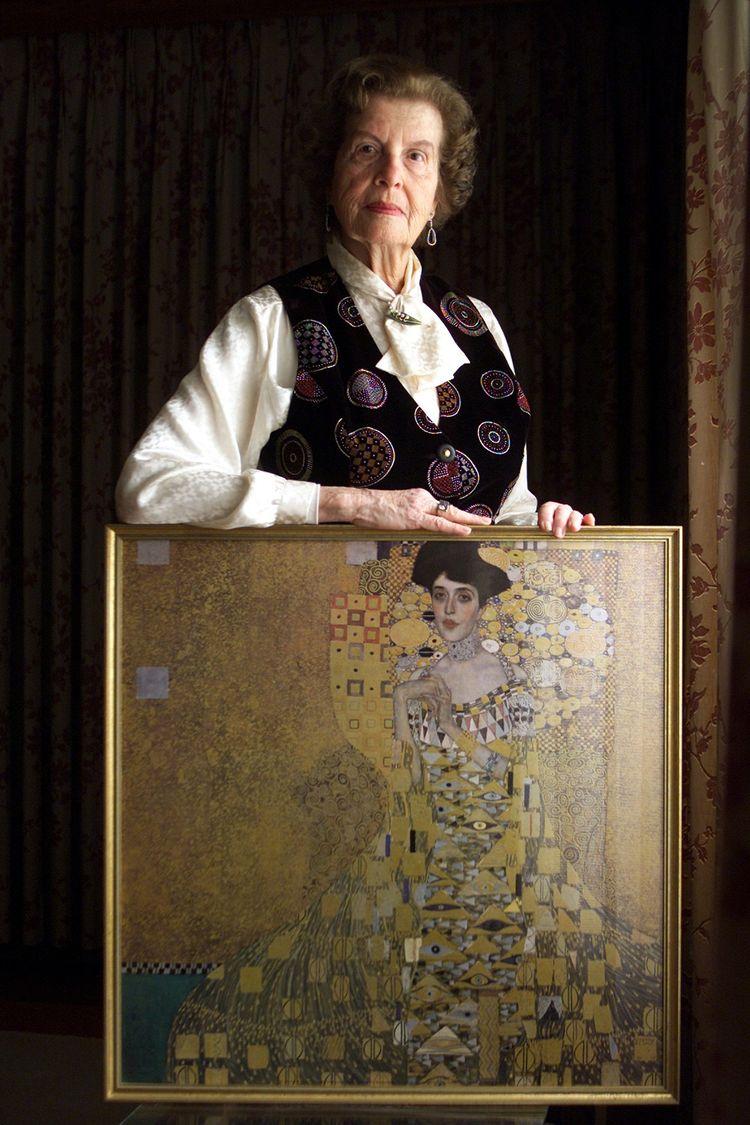 En 2006, Maria Altmann ((ici une reproduction avant la restitution) a gagné contre le gouvernement autrichien et pu récupérer cinq tableaux de Gustav Klimt ayant appartenu à sa famille.