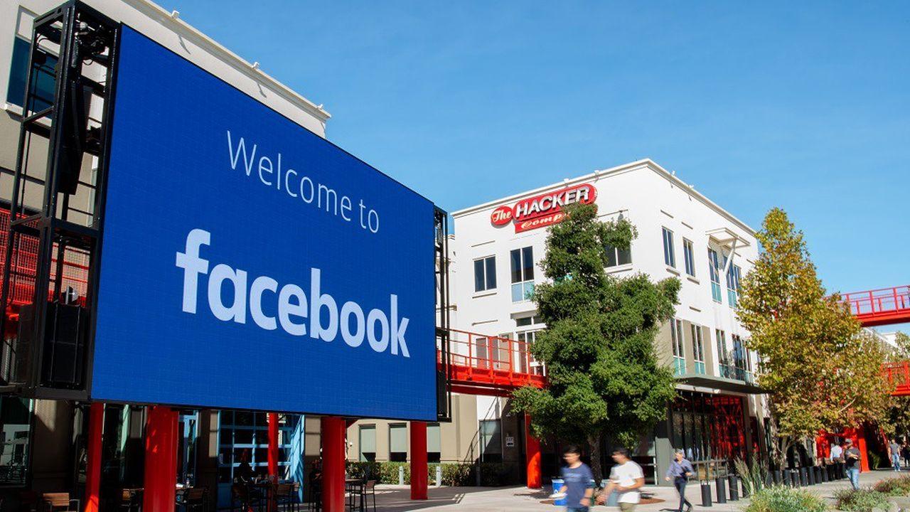 Le gouvernement américain reproche à Facebook d'avoir intentionnellement réservé des postes aux détenteurs de visas temporaires.