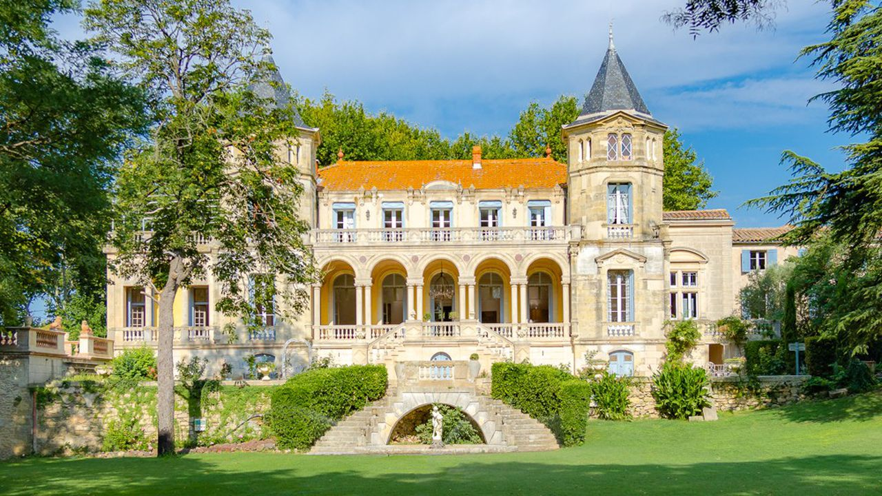 Montpellier Sotheby s Int Realty-Chateau Sainte-Cecile