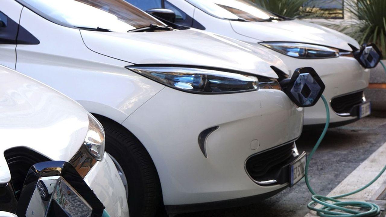 Les voitures rechargeables se sont banalisées cette année.