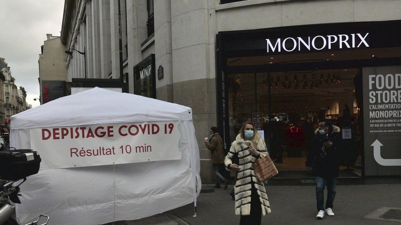 Plus de 11.000 nouvelles contaminations ont été recensées en France.