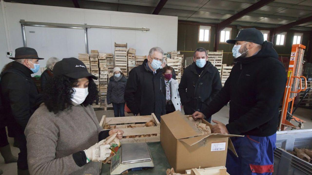 L'association d'insertion Val Bio Île-de-France est spécialisée dans la production maraîchère biologique en circuit court