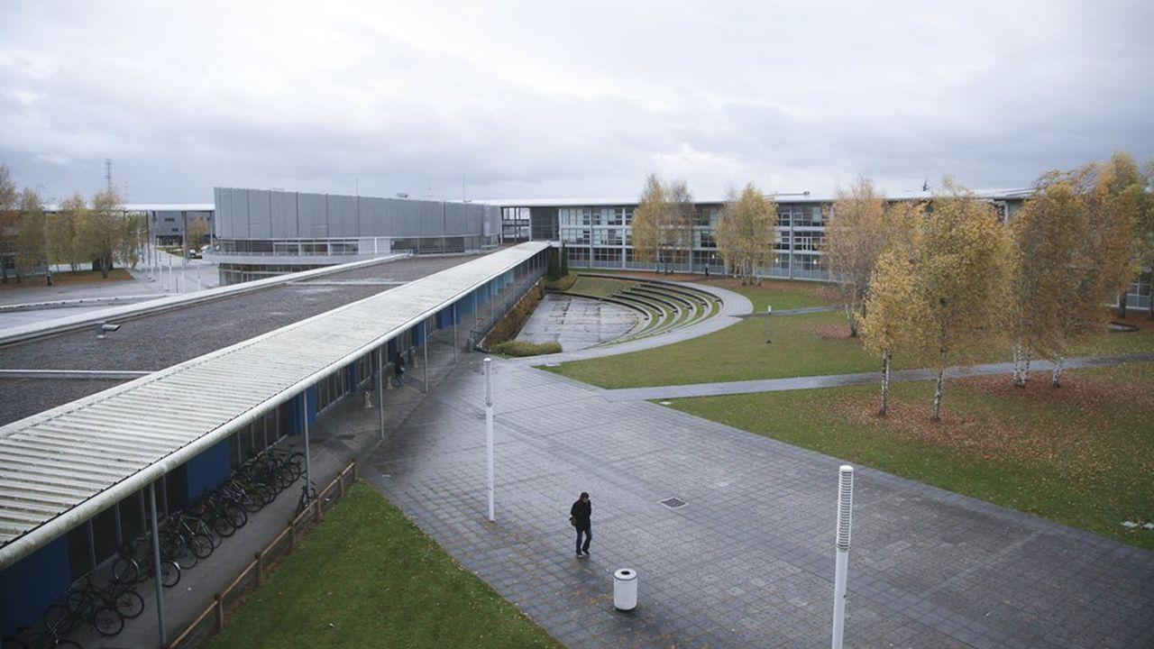 Université de technologie de Troyes.