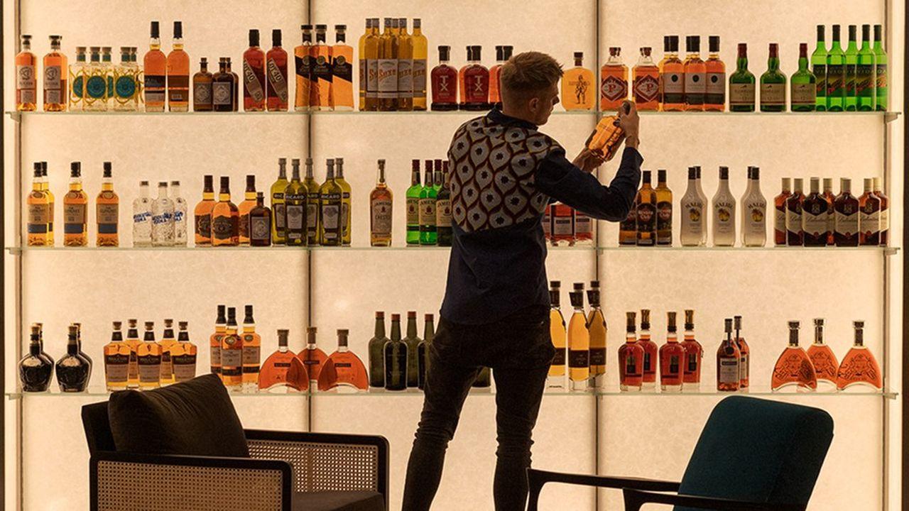 Drinks&Co propose sur ses rayonnages quantité d'alcools peu connus, souvent artisanaux, introuvables ailleurs.