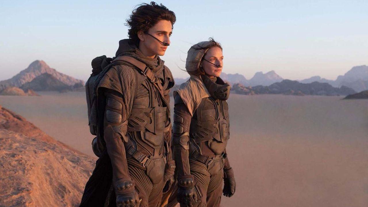 Warner Bros. a annoncé qu'il comptait sortir 17 de ses films prévus en 2021 concomitamment au cinéma et sur son offre de streaming vidéo HBO Max accessible seulement aux Etats-Unis, ce qui va un blockbuster comme «Dune»