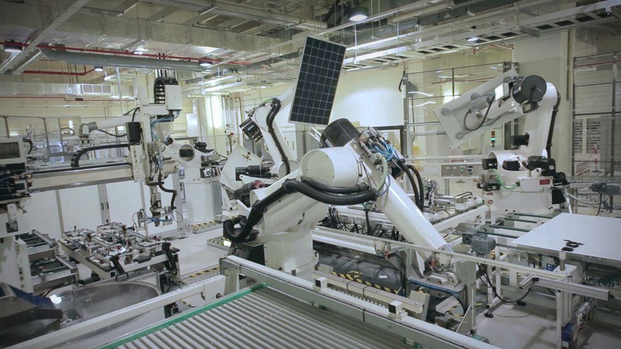 Rec Solar France s'est associé à l'institut national de l'énergie solaire pour développer à Hambach la technologie encore peu usitée de l'hétérojonction, qui fait passer de 20 à 25% le rendement des panneaux.