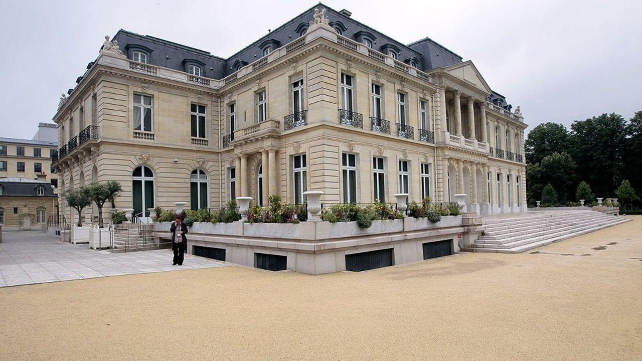 Le Château de la Muette, dans le seizième arrondissement, abrite le siège de l'OCDE depuis sa création en 1960.