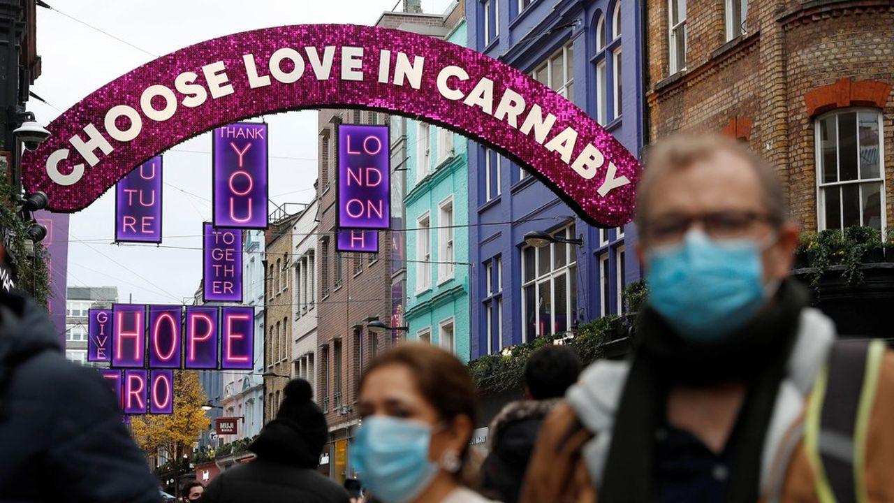 Une nouvelle forme du virus se propage à toute vitesse en Angleterre