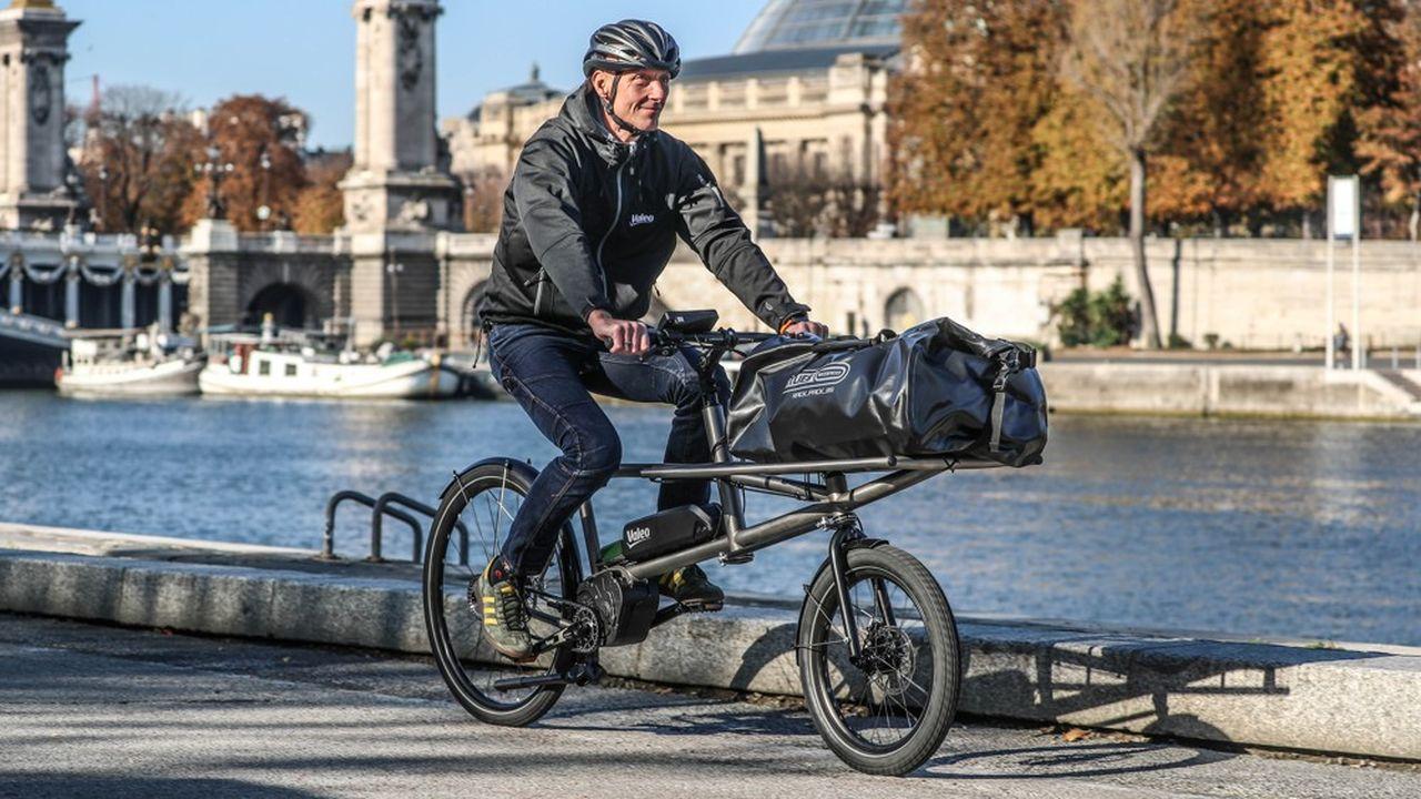 Le système d'assistance électrique conçu par Valeo permettra à un vélo cargo de monter une pente de 14% avec une charge de 150kg, sans effort.