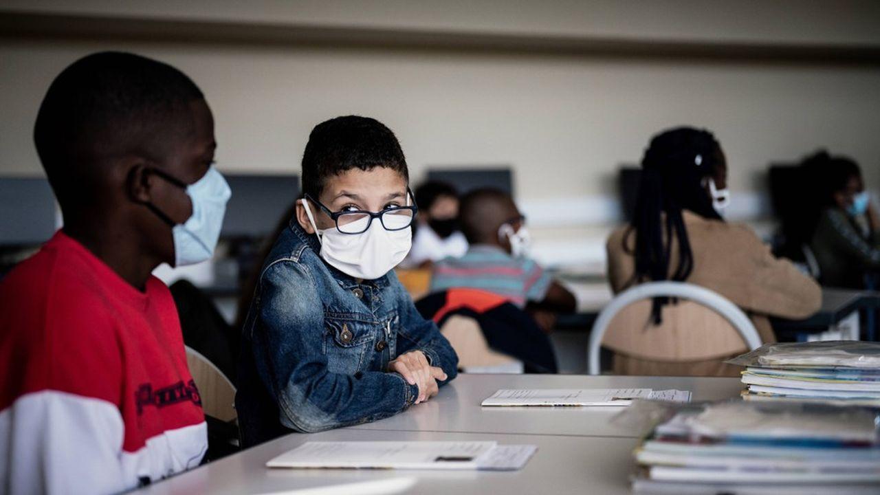 Les familles qui vont s'autoconfiner une semaine avant le réveillon de Noël et ne pas scolariser leurs enfants jeudi et vendredi seront des «cas sans doute relativement rares», selon Jean-Michel Blanquer.