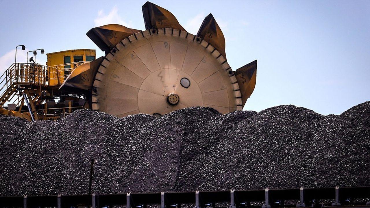 Le charbon est le deuxième produit d'exportation de l'Australie et Pékin, qui lui en a acheté 8,7milliards d'euros l'an dernier, est l'un de ses principaux clients.