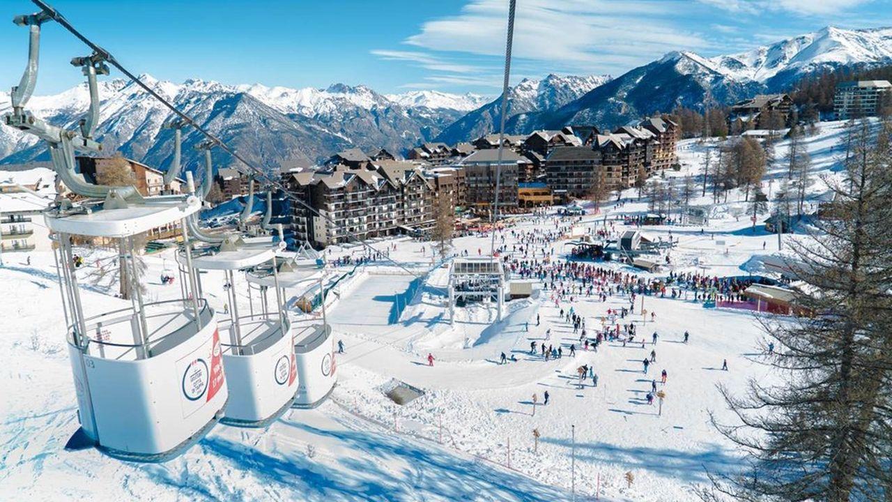 La station de Risoul (Hautes-Alpes) reporte l'installation d'une remontée.