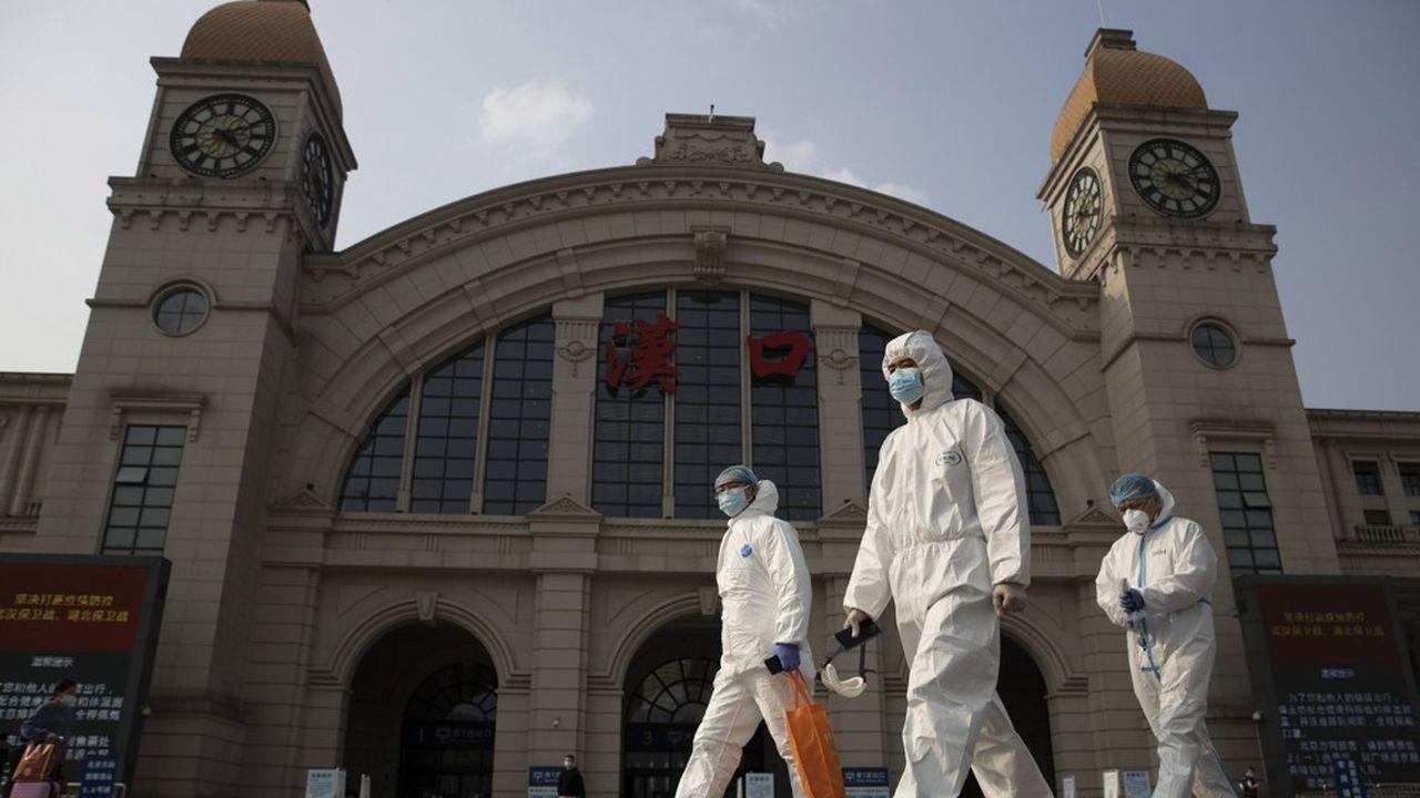 Composée d'une dizaine de scientifiques la mission de l'OMS pourrait rester jusqu'à six semaines en Chine