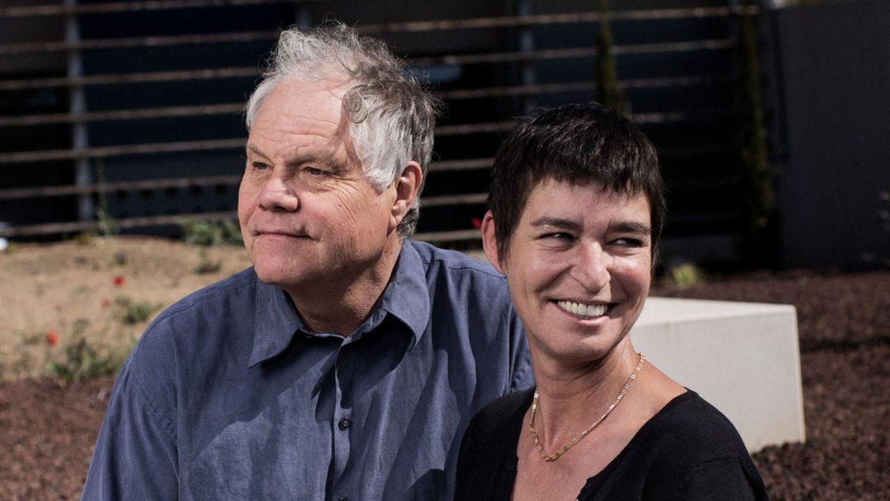Jean-Michel Claverie et Chantal Abergel sont, avec Didier Raoult, les codécouvreurs, en 2003, du premier virus géant, le Mimivirus.