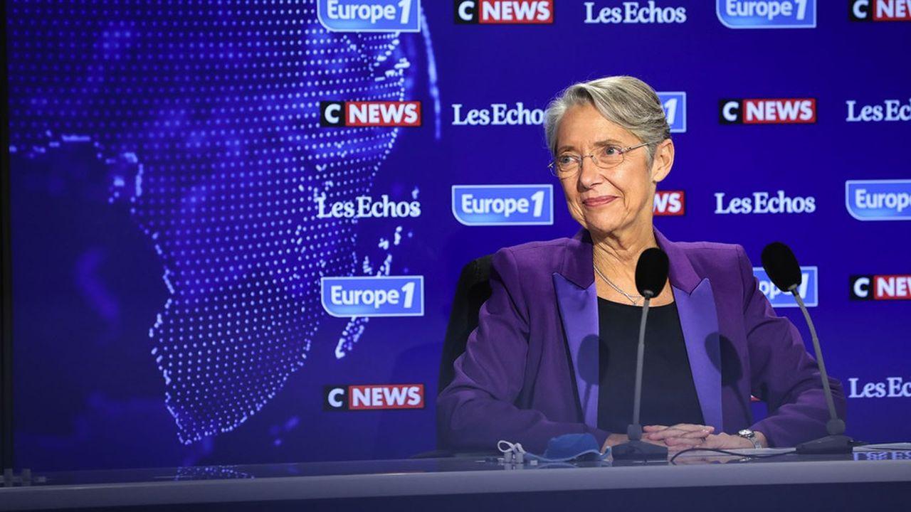 Pour Elisabeth Borne, «être tête de liste [aux régionales] n'est pas compatible avec les fonctions que j'occupe».