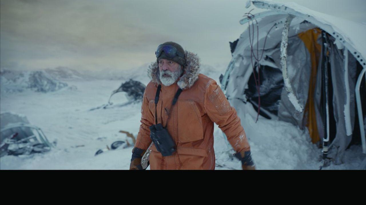 Le docteur Augustine Lofthouse (George Clooney) traîne sa déprime apocalyptique dans les glaces de l'Arctique.