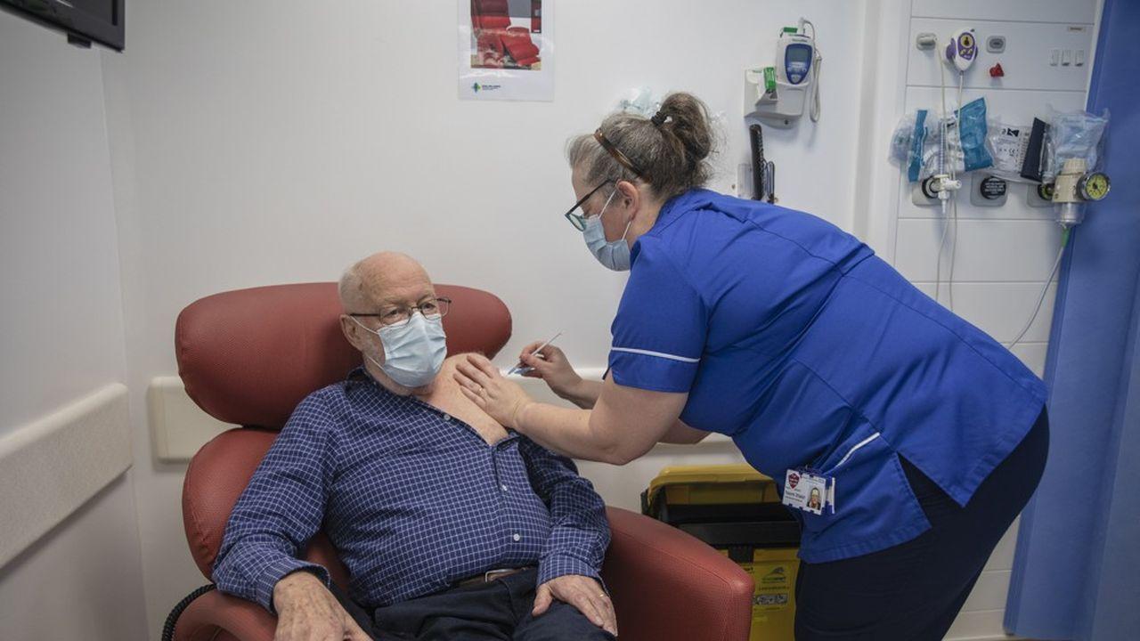 En Grande-Bretagne, la campagne de vaccination anti-covid a débuté le 8décembre, avec le vaccin des laboratoires Pfizer-BioNTech.