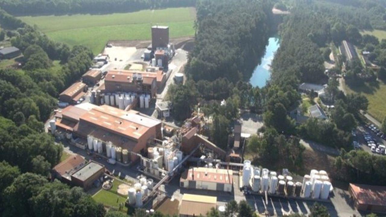 Vue aérienne du site de production de BCF Life Sciences à Pleucadeuc.