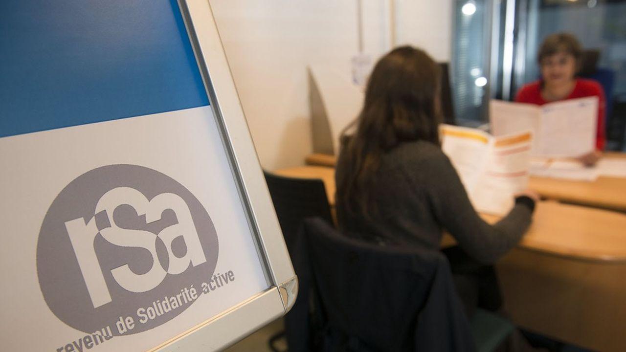 Dans les Hauts de Seine, 34.930 allocataires ont touché le RSA en 2020, contre 31.190 en 2019.