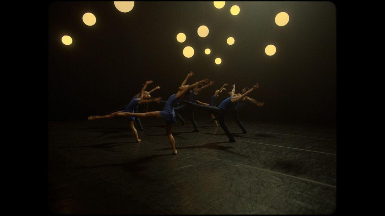 «Take Five Blues», ballet de Stina Quagebeur filmé par Shaun James Grant.