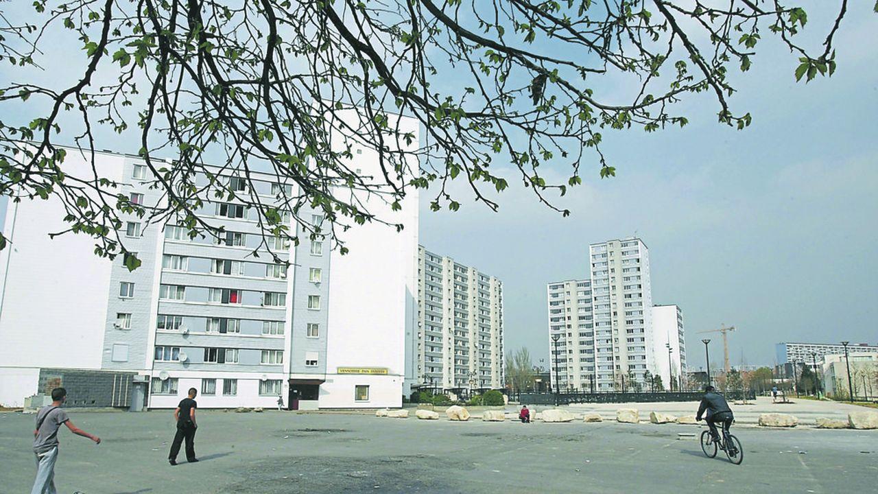 L'équipe de l'urbaniste Catherine Tricot envisage la construction d'une école dans la cité des Francs-Moisins (Saint-Denis).