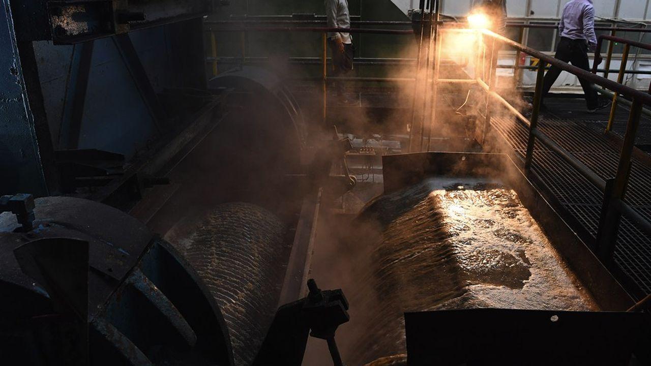 Une raffinerie de sucre en Inde.