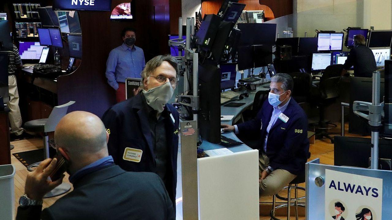 Après le krach du mois de mars, le rally boursier a soutenu les encours de la gestion d'actifs.