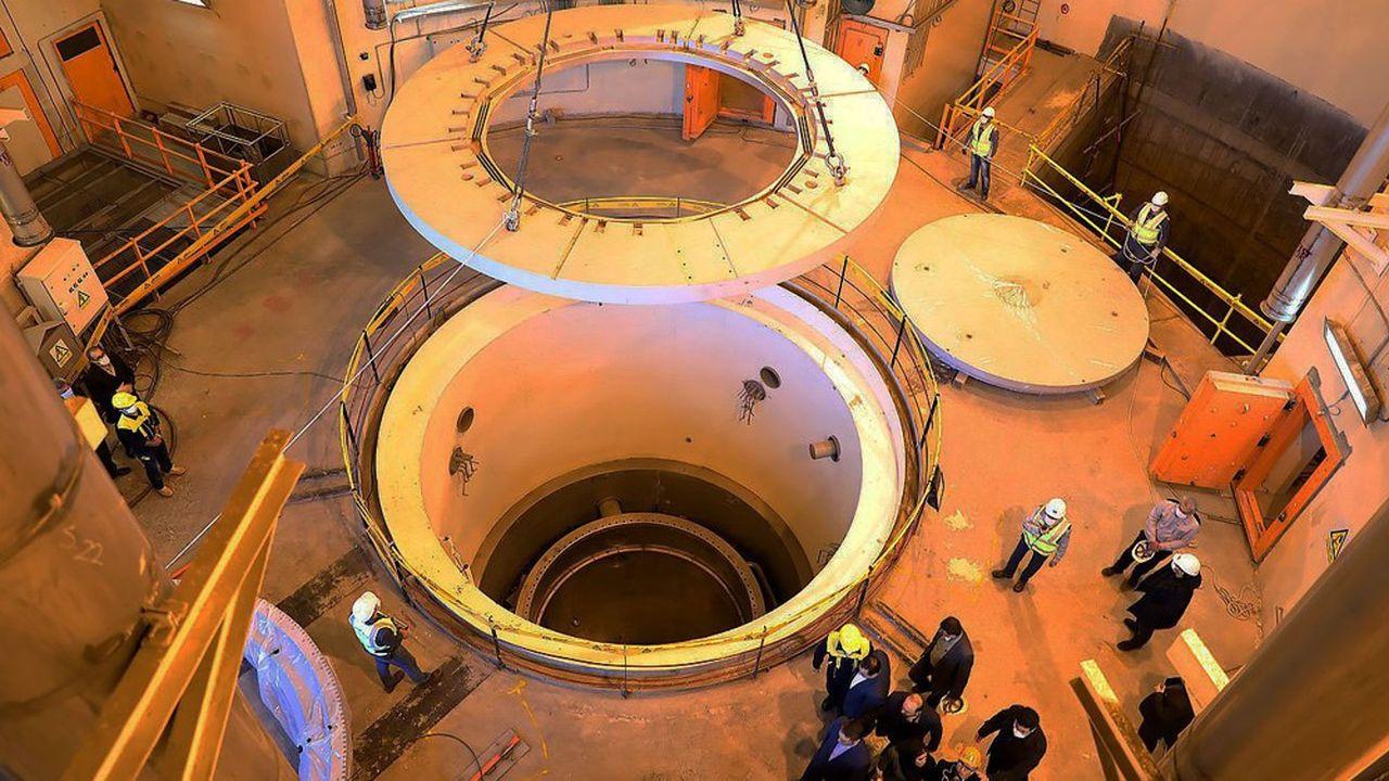 Téhéran a développé un réacteur à eau lourde sur le site d'Arak, près de Téhéran, pour un usage civil.