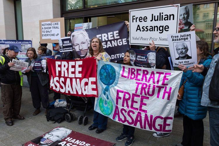 Des soutiens de Julian Assange manifestant à Londres en 2019.