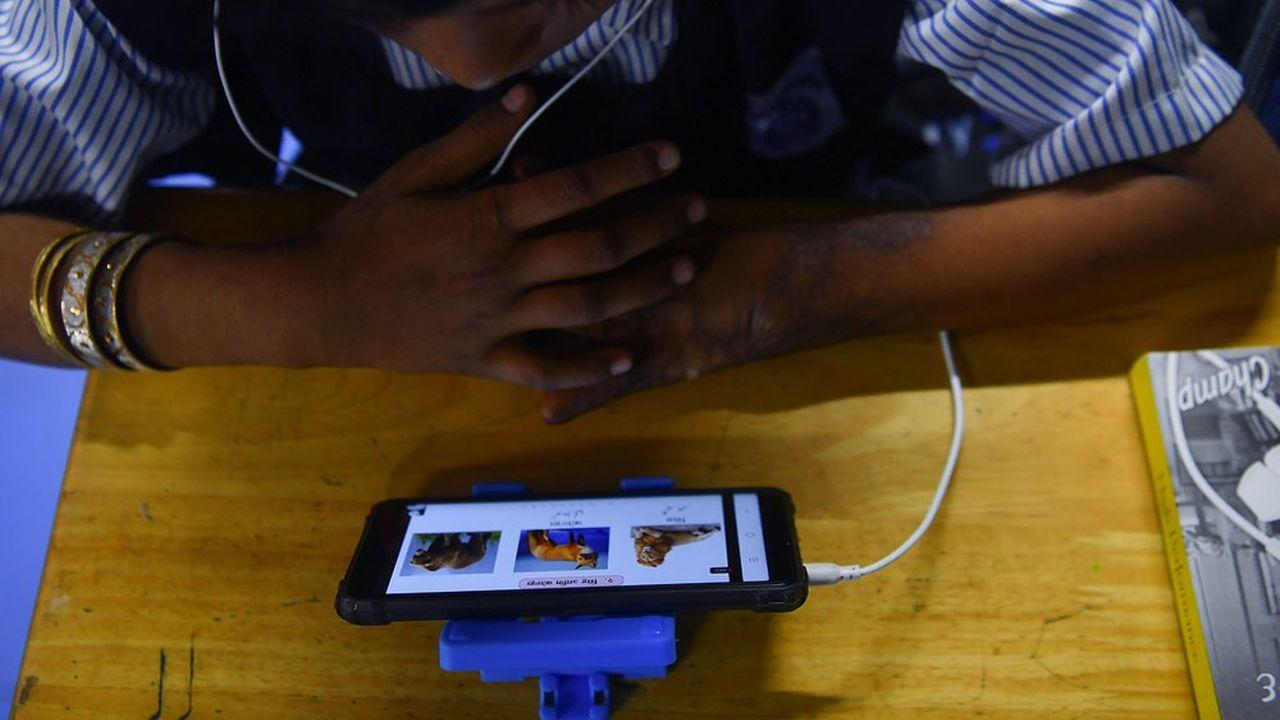 «Par endroit, l'administration indienne s'empresse de couper Internet pour des raisons frivoles, comme par exemple pour empêcher les étudiants de tricher un jour d'examen», explique Nikhil Pahwa, fondateur du portail MediaNama.