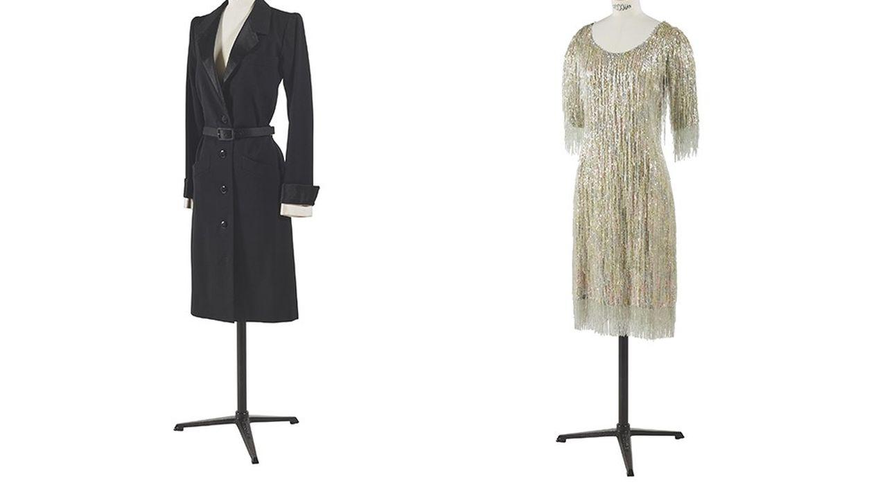 Robe smoking haute couture été 1981 (1.000 à 2.000 euros) et robe à franges de perles (3.000 à 5.000 euros).