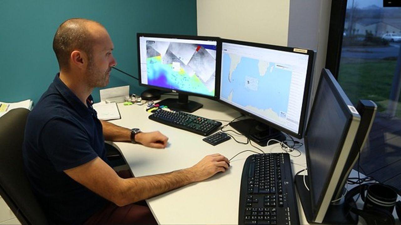 Jimmy Viard, analyste d'images radar, détecte les icebergs pour le Vendée Globe.
