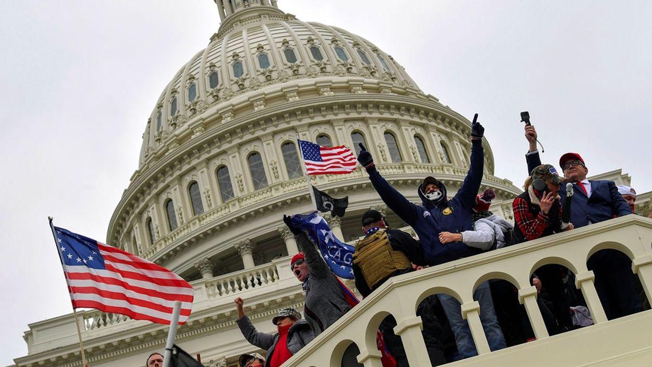 Depuis la fin des élections, les Proud Boys ont participé à plusieurs manifestations en soutien à Trump.