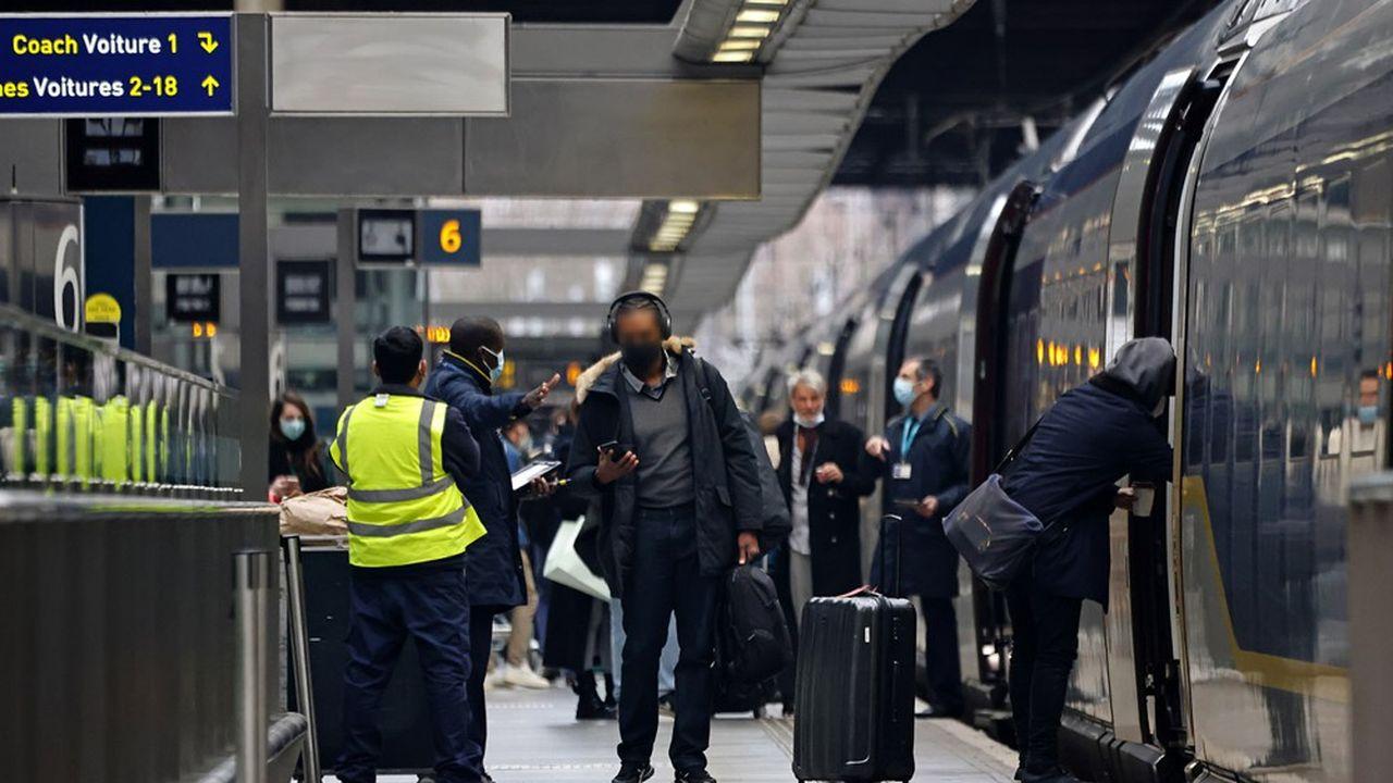 Cette nouvelle mesure de restriction s'ajoute au dispositif de quarantaine déjà imposé aux voyageurs provenant de pays classés «à haut risque».