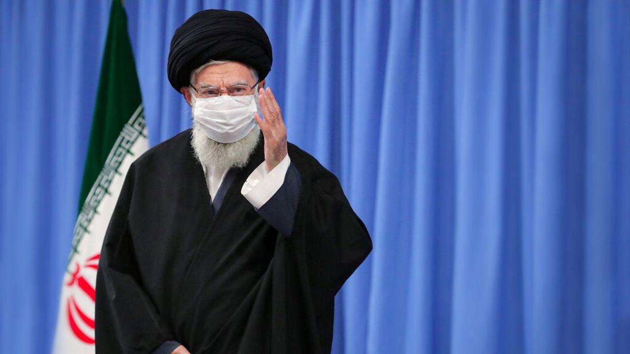 Ali Khamenei fut président de la République islamique d'Iran de 1981 à 1989.