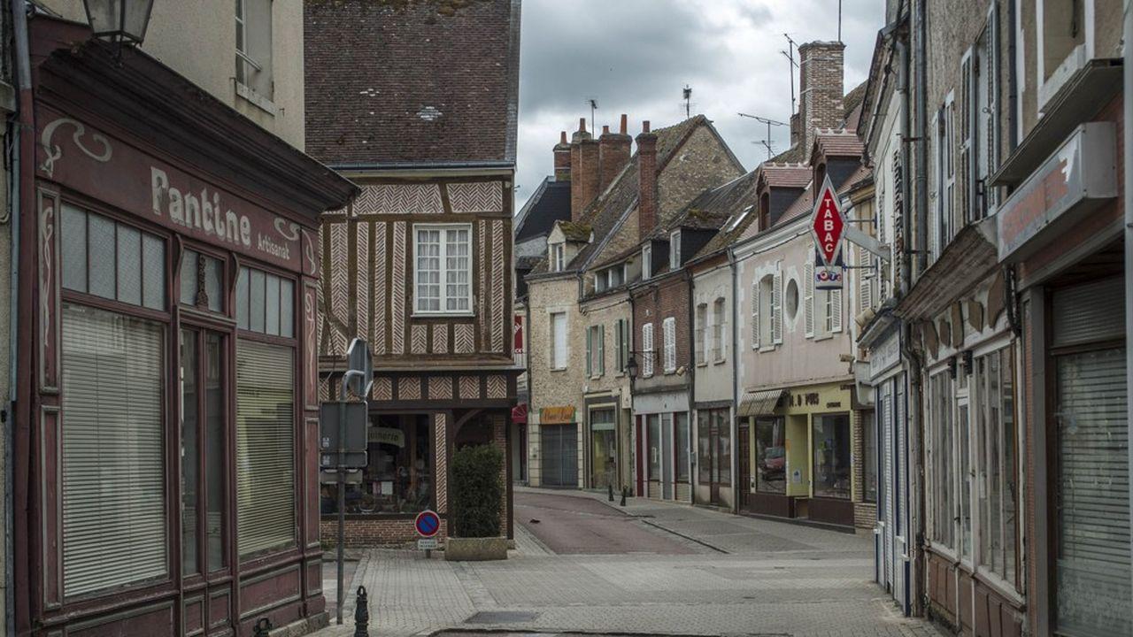Les fonds immobiliers non cotés français ont dû renoncer à 100millions d'euros de loyers l'an dernier, du fait des fermetures des commerces et lieux non-essentiels, selon l'Aspim.