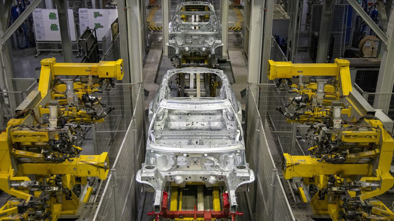 Plusieurs constructeurs asiatiques ou européens (ici, l'usine de Mini - groupe BMW - à Oxford) assemblent des véhicules au Royaume-Uni, dont 80% de la production est exportée.