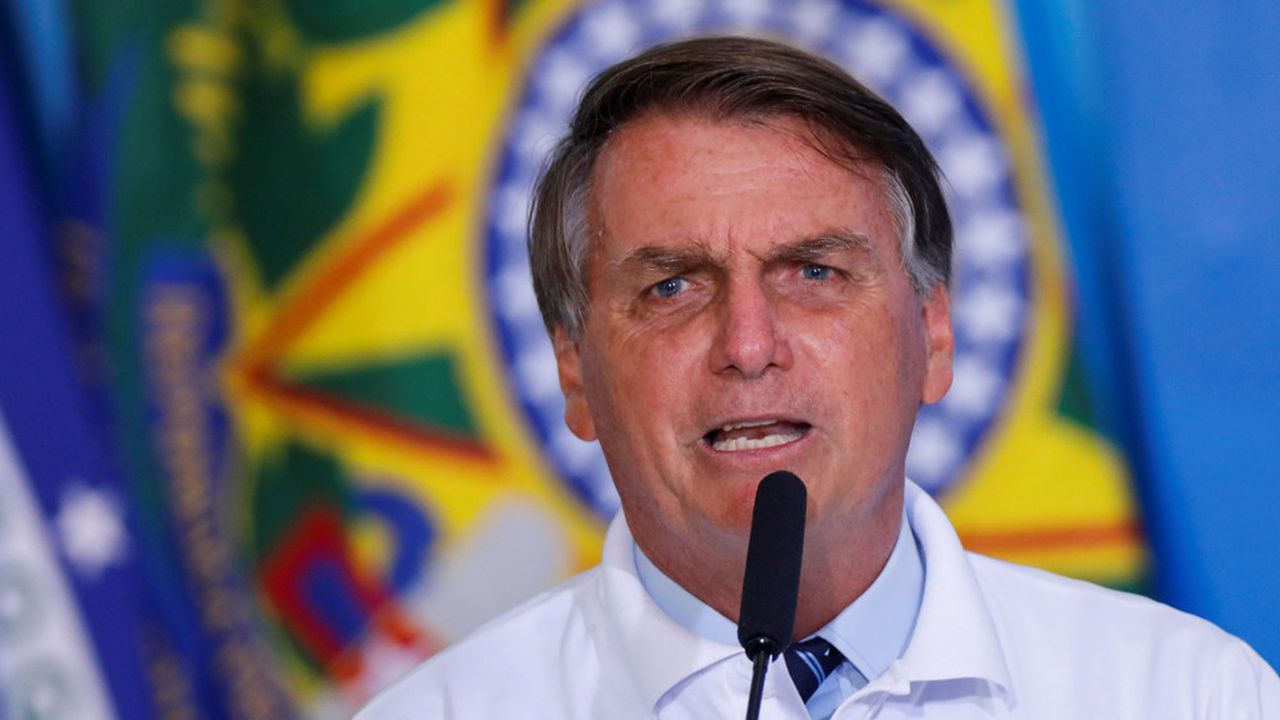 Le président brésilien d'extrême droite, Jair Bolsonaro, un grand admirateur de Donald Trump, entretient des relations tendues avec les médias.