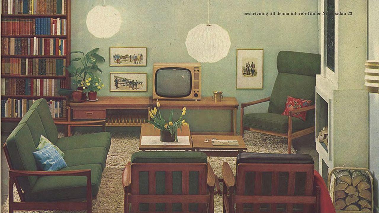 Salon, dans le catalogue Ikea de 1964. Le téléviseur, arrivé depuis peu dans les foyers, occupe désormais la place centrale et détermine l'agencement du mobilier.