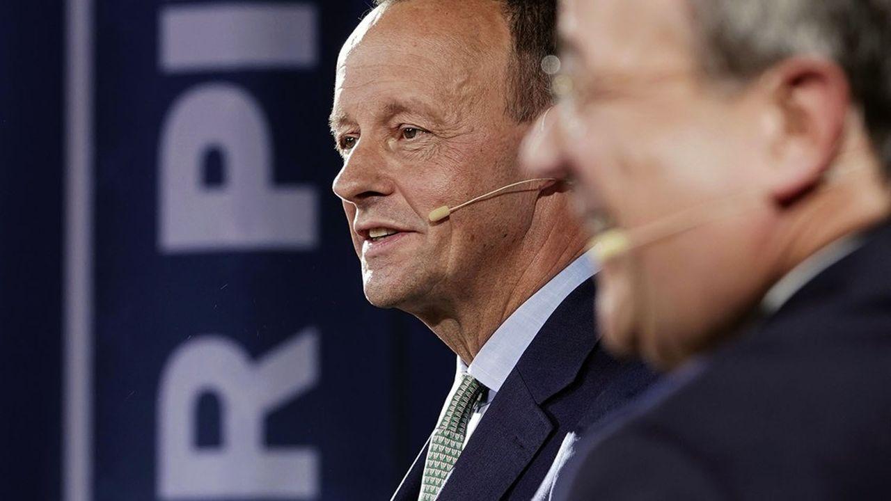 En tête dans les sondages, Friedrich Merz pâtit cependant de son absence de fonction politique sur le terrain pour ancrer son discours réformateur.