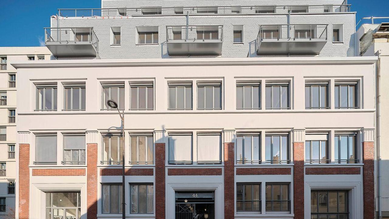 L'immeuble de bureaux de la rue Planchat, dans le 20e arrondissement de Paris, transformé en immeuble de logements par Novaxia.