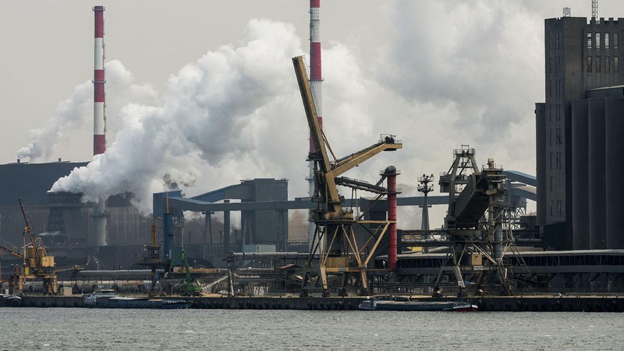 Le niveau des émissions de gaz à effet de serre de la France peut baisser de 441millions de tonnes équivalent CO2 en 2019 à 315millions en 2030, selon les projections de Rexecode.