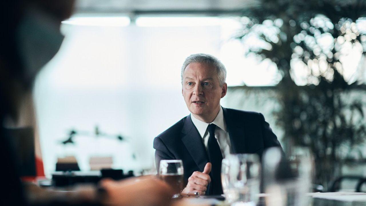 Bruno Le Maire, le ministre de l'Economie et des Finances, explique pourquoi il a mis son veto au rachat de Carrefour par un groupe canadien.