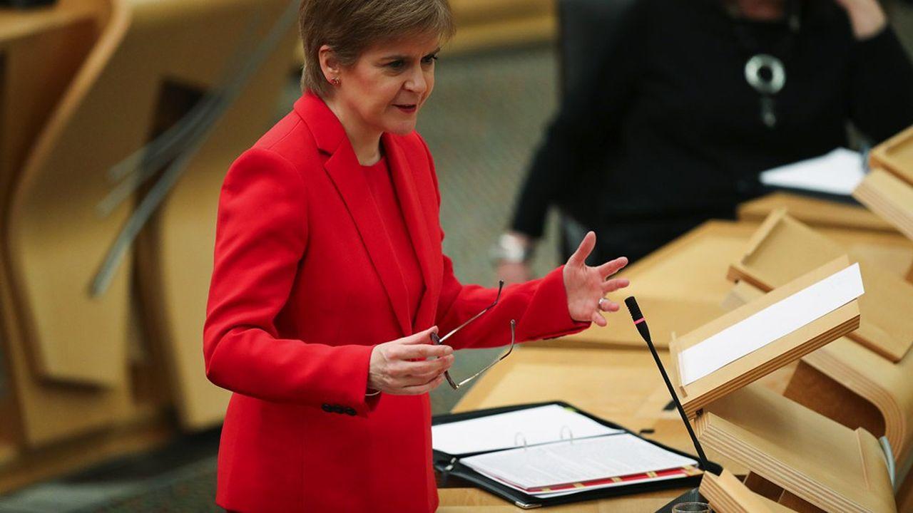 Référendum sur l'indépendance écossaise : Sturgeon remet un coup de pression sur Johnson