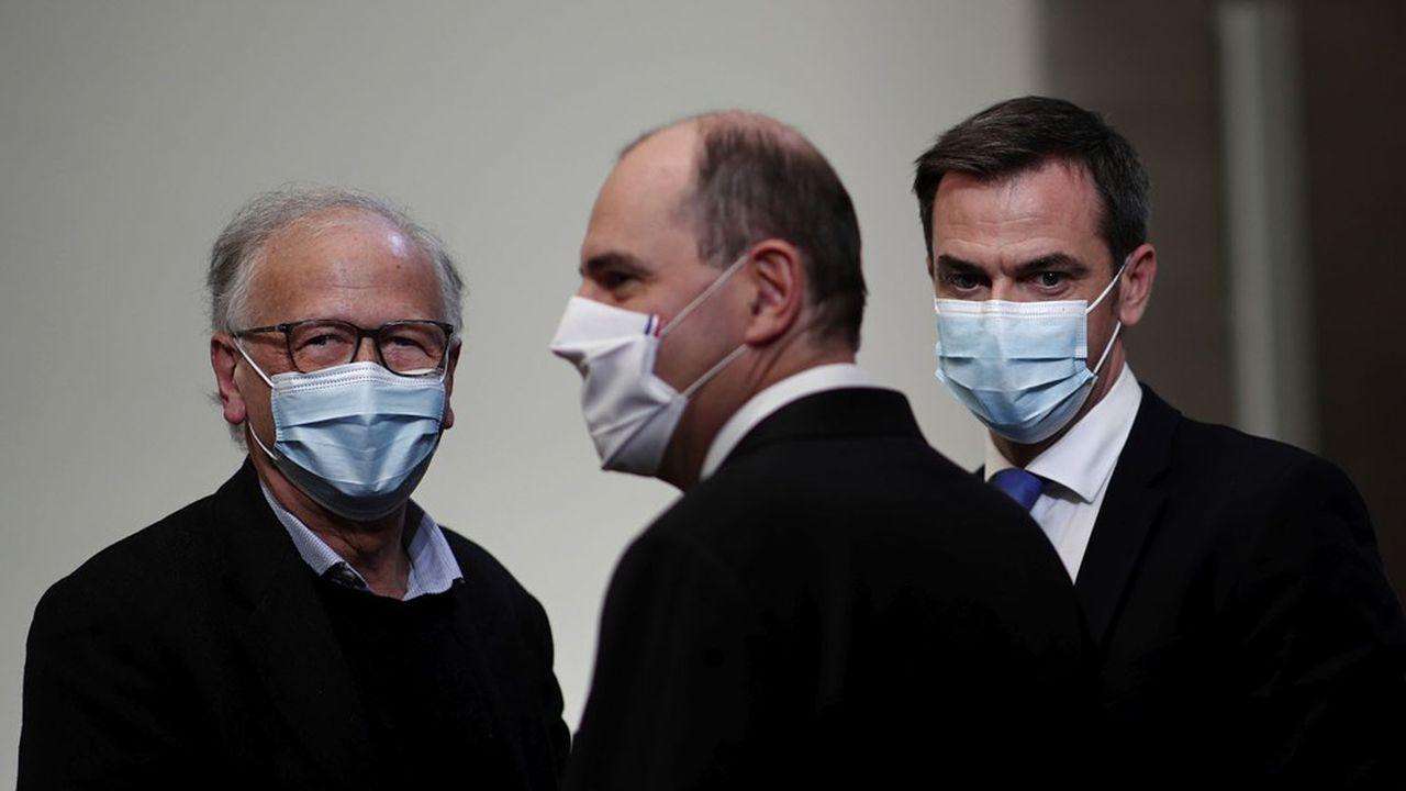 Le ministre de la Santé, Olivier Véran (à droite), a préféré suivre les appels à la prudence de son «M. Vaccin» Alain Fischer (à gauche).