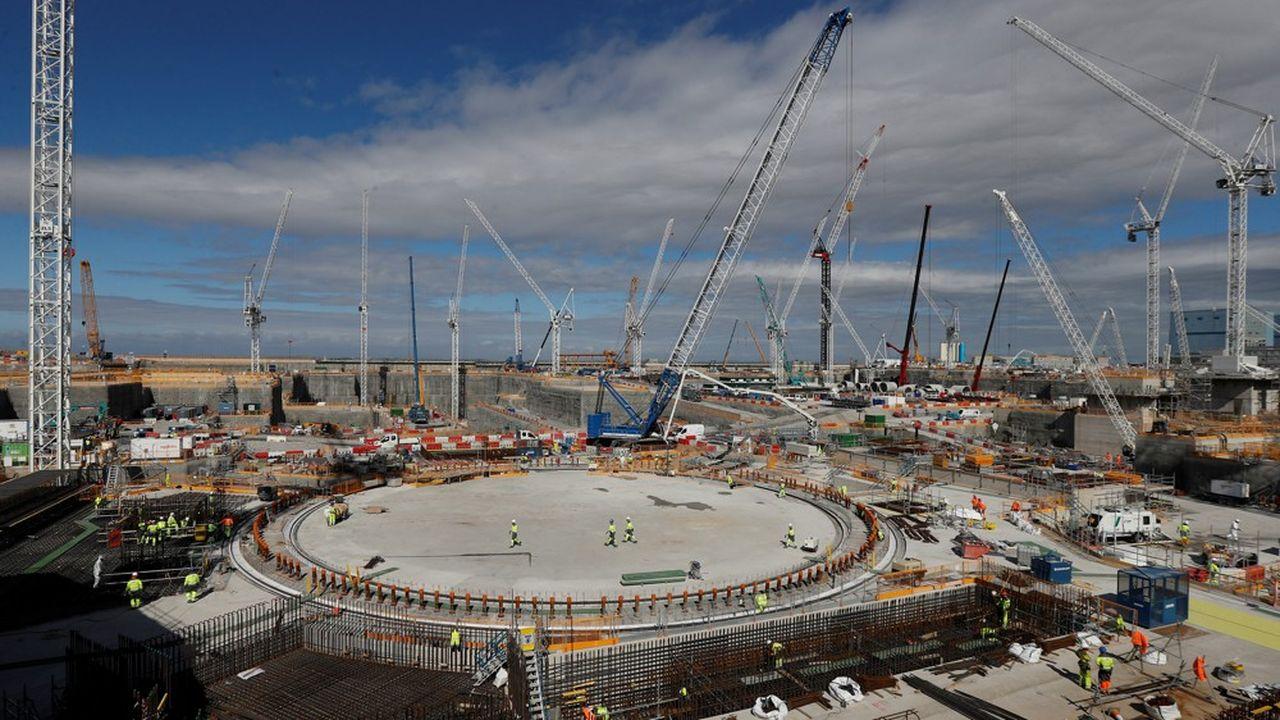 La facture du projet est désormais estimée à 22, voire 23milliards de livres, contre 16milliards lors de son lancement. REUTERS/Peter Nicholls