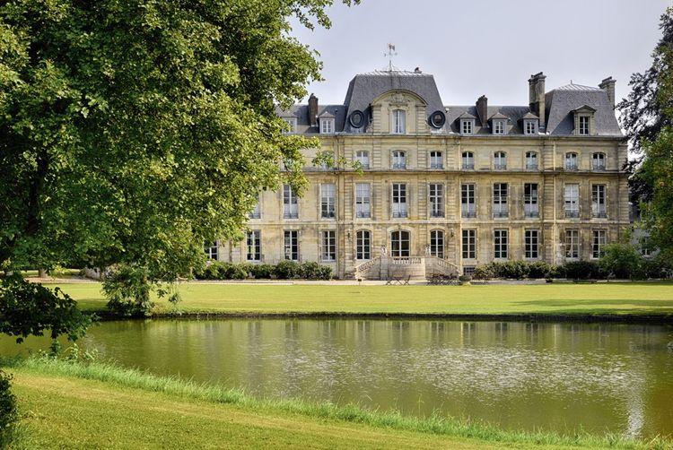 Châteauform' au château de Nointel, en Ile-de-France.