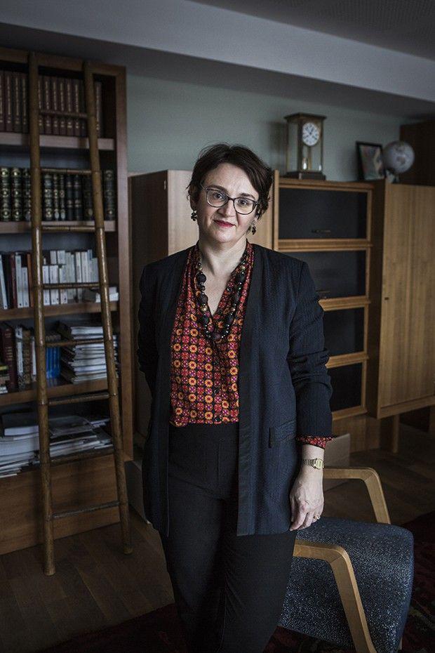 Michelle Bubenicek, directrice de l'Ecole nationale des chartes, dans son bureau.