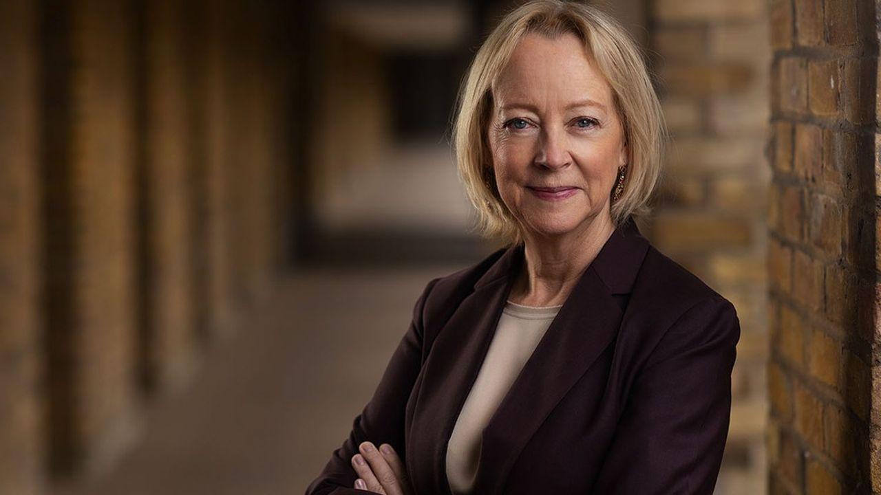 Lynda Gratton, professeure de comportement et d'organisation à la London Business School, est l'une des figures académiques les plus respectées dans le milieu de l'entreprise.