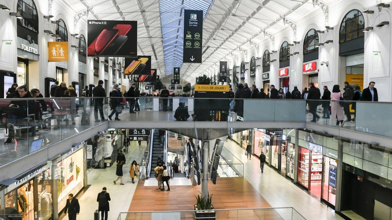Les ventes des commerces en gare sont très étroitement corrélées à celle du trafic voyageurs de la SNCF, qui a fondu de 42% l'an dernier.
